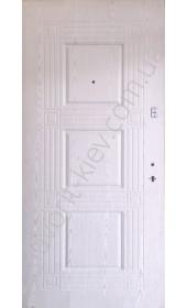 Входные двери среднего класса, белого цвета 1,5 мм. сталь, модель «Антика»