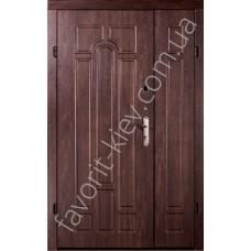 Полуторная уличная входная дверь бюджет класса, модель «Арка»