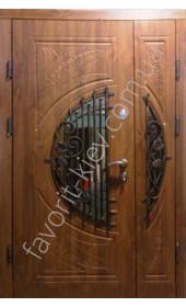 Вхідні броньовані двері зі склом і ковкою, модель «Леванте»