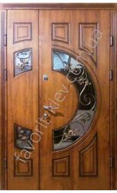 Входная дверь со стеклопакетом и ковкой, модель «Золотая осень»