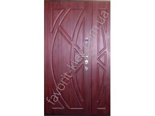 Преимущества гнутого профиля в конструкции двери