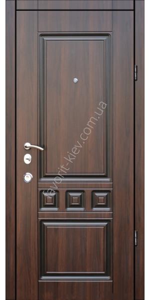 двери входные на рынке сокол