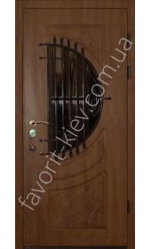 Входная бронедверь со стеклопакетом и ковкой, модель «Лира»
