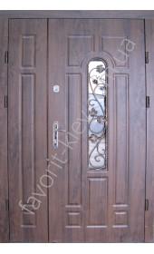 Полуторные уличные двери, «Классик ковка», металл полотна 1,5 мм., толщина полотна 80 мм.