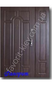 Полуторная уличная входная дверь, модель «Классика»