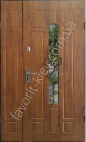 Полуторные двери со стеклом и ковкой, модель «Марио», 1,5 мм. сталь, 75 мм. толщина полотна