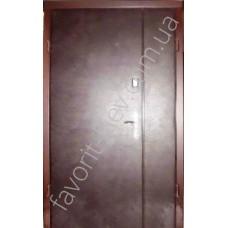 Полуторная дверь с ДСП на две стороны и обтянута кожзамом